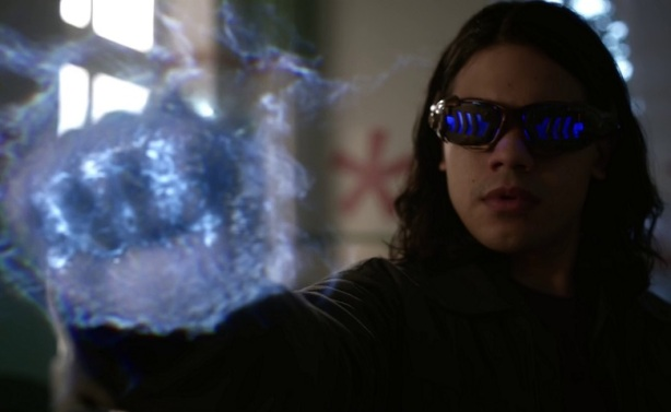 The-Flash-Carlos-Valdes-Cisco-1.jpg