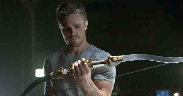 amell-green-arrow-cw-1.jpg