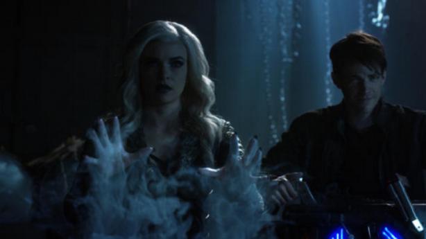 the-flash-season-3-episode-23-review-finish-line-season-finale-killer-frost-savitar.png
